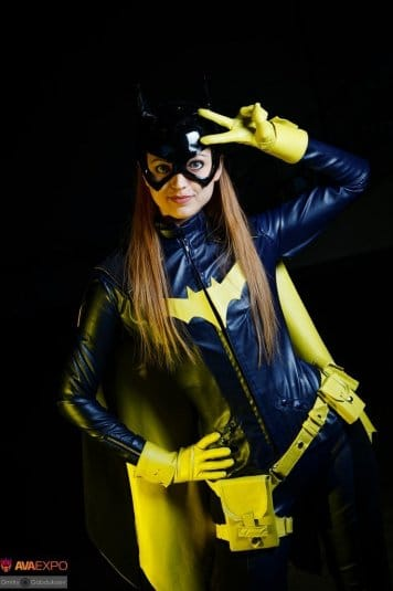 Анна Молева — косплей на Женщину-Кошку №8