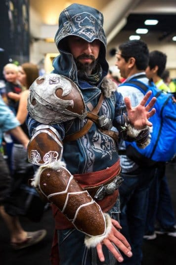 Косплей Assassins Creed №5. Cosplay at SDCC 2013 by Tested