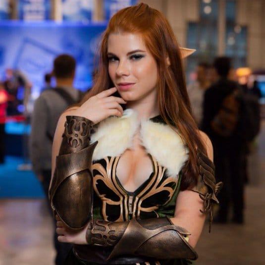Анастасия Зеленова на ИгроМире 2016 №12
