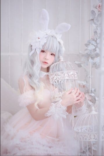 Misa TW Cosplayer cosplay White Rabbit #3
