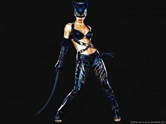 Косплей Женщина-Кошка от Хэлли Берри 3