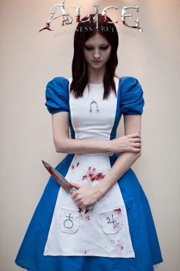 Анна Молева — косплей на Алису №3