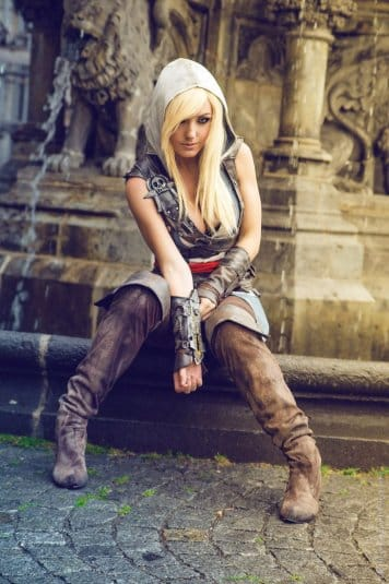 Assassin's Creed Cosplay Jessica Nigri #2