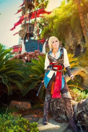 Assassin's Creed Cosplay Jessica Nigri #16