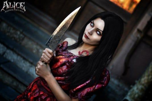 Кристина Финк в роли Алисы №6