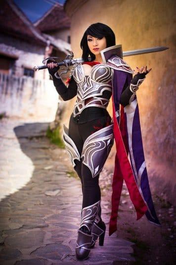 Yaya Han — косплей на Фиорe, Ночного ворона (League of Legends) №1