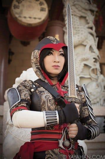Yaya Han — женский косплей на Assassin's Creed №3