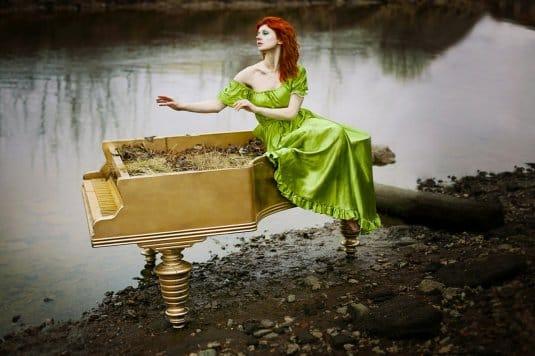 Ксения Шелковская и рояль