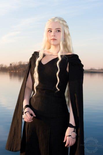 Косплей Maridah на Дейенерис из «Игры престолов». Фото № 16